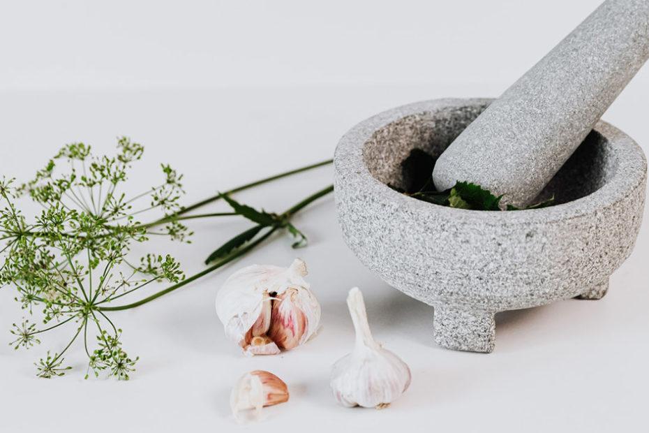 mocajete garlic and herbs